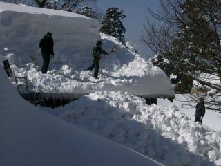 自治会雪下ろし