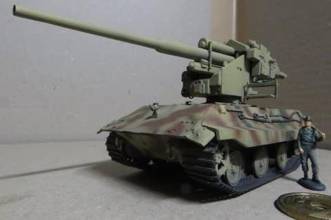 E-50 with 12.8cm FLAK 40 GUN(...