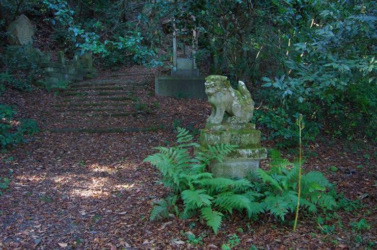鹿島の森の狛犬