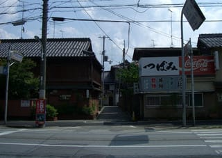 旧特飲街への入口
