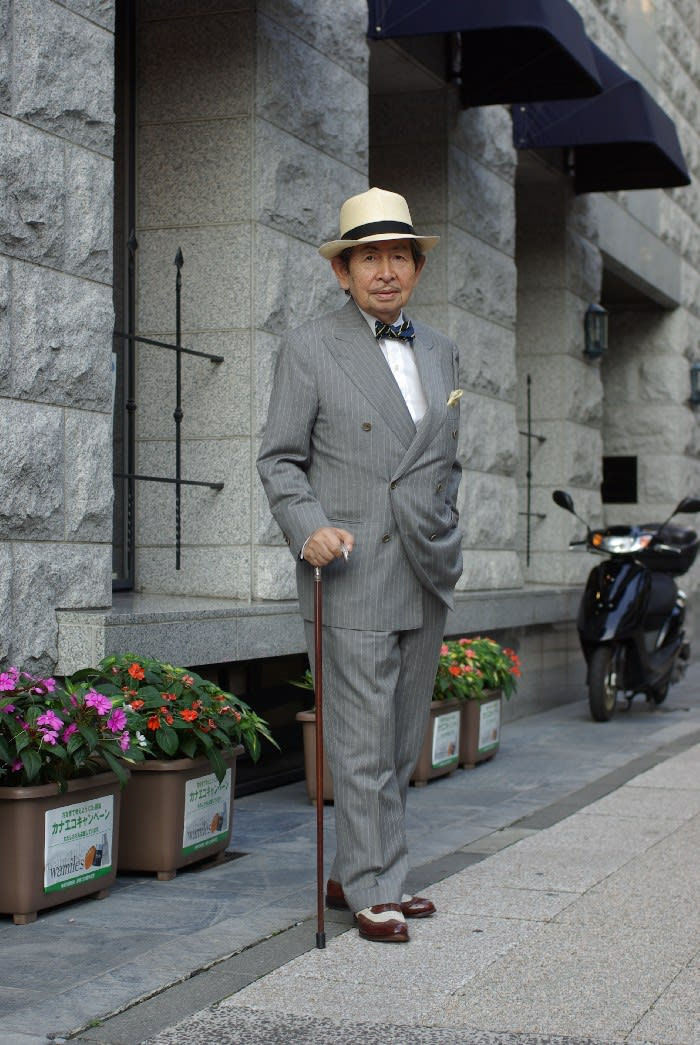 stripe suit with bowtie panama hat ひと日記