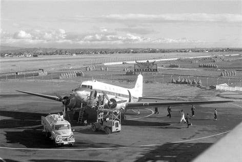 父の遺した写真 47 小牧空港1 - ...