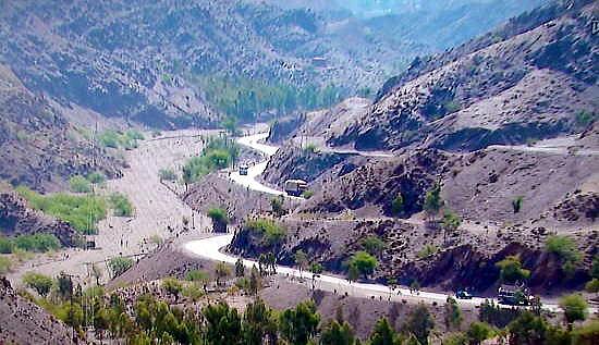 2009 11 29 枯葉が落ちれば、狩猟の季節【わが郷】アフガンに武を持って関わった国には