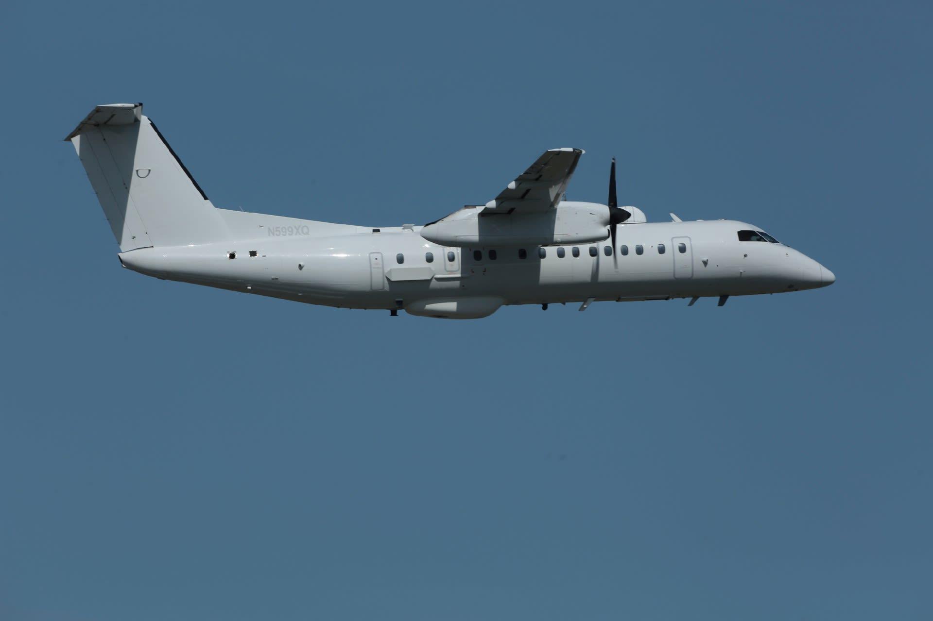 18-04-13 N599XQ 板付補助飛行場...