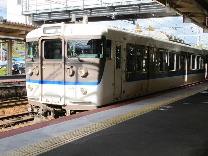 宮島口駅 山陽本線 - 観光列車から! 日々利用の乗り物まで