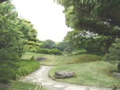 明治時代の代表的な庭園です