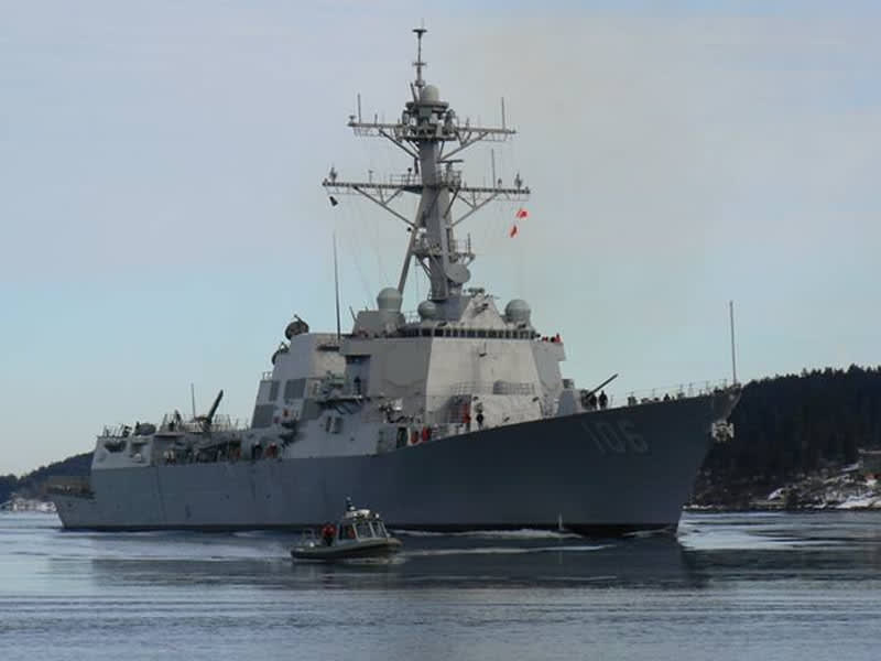 米海軍の空母打撃群、中朝と対峙 「見たことのないほど多く ...