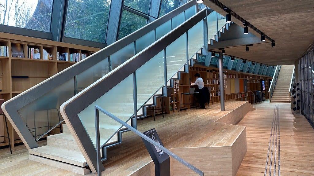 國學院 大學 図書館