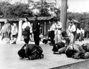 終戦記念日はなぜ8月15日?靖国神社に行く ...