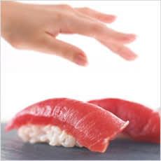 「バイトが寿司をつまみ食い! 店長なぜ注意」の質問画像