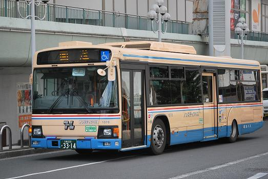 阪急バス 2012年の新車他 - 斬剣...