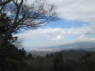 https://blogimg.goo.ne.jp/user_image/77/49/99475413a633bf587aeb77452dec6ec4.jpg