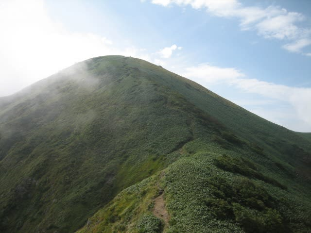 谷川連峰「馬蹄型縦走」 後半 - 遥かなる山の息吹