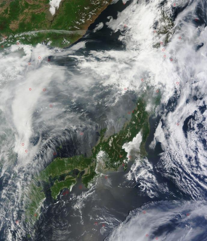 Japan2013145terra525m