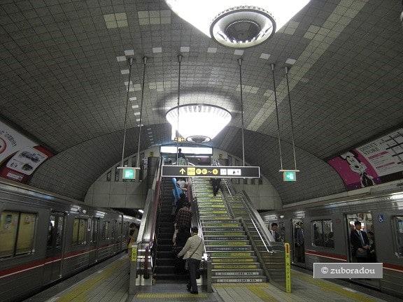 大阪メトロ 御堂筋線心斎橋駅」 ...