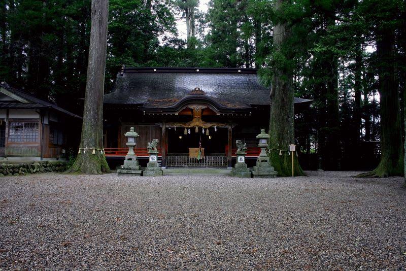 雑多な写真8 - 神社のある風景