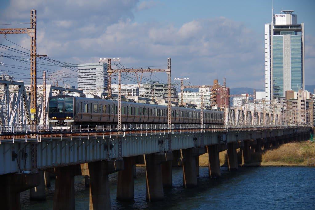 207系JR京都線・JR神戸線普通列車
