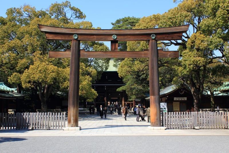 Meiji_shrine_2012