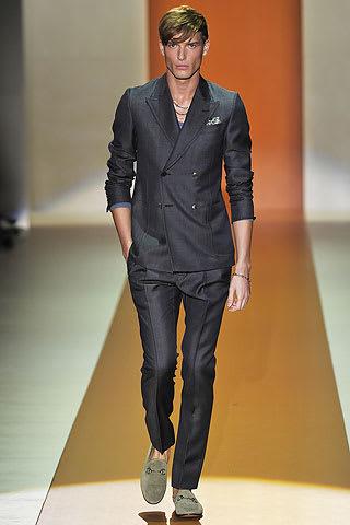 designer fashion 4b3ee f259c グッチのデザイナーフリーダジャンニーニは、非常にすべて - td8 guv