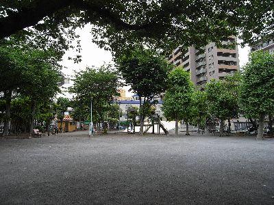 寂しい亀有公園