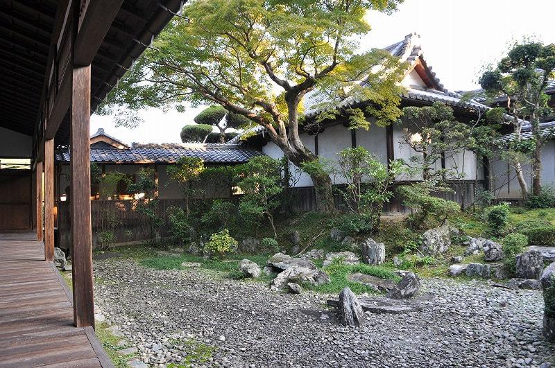 願行寺の庭園1