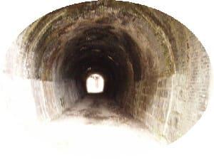 短いトンネルですが、その前にパチリ