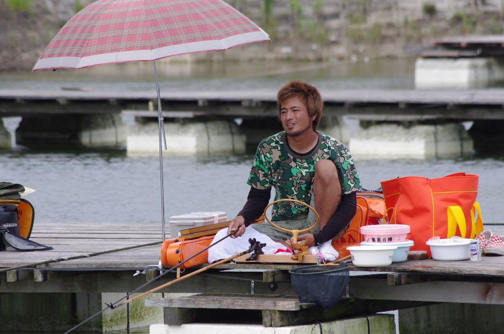 関西遠征最終日 兵庫県 新松池 調査隊 - 九州 風来坊釣師達 ...