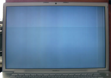 MacBook Pro スリープ復帰直後の画面