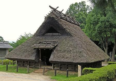 式 住居 竪穴 竪穴式住居は天窓が出入口だった!?