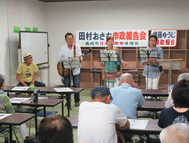 夏祭りで賑わう吉井地域で市政を...